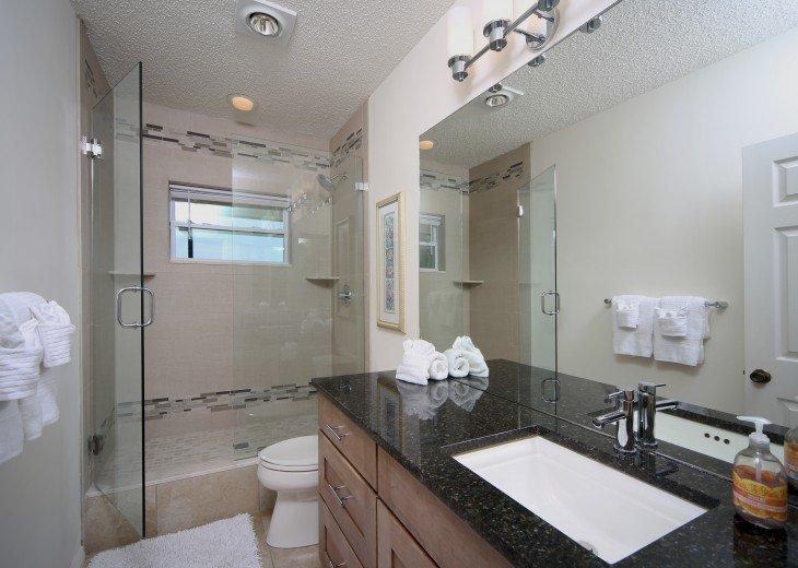 Guest Shower.
