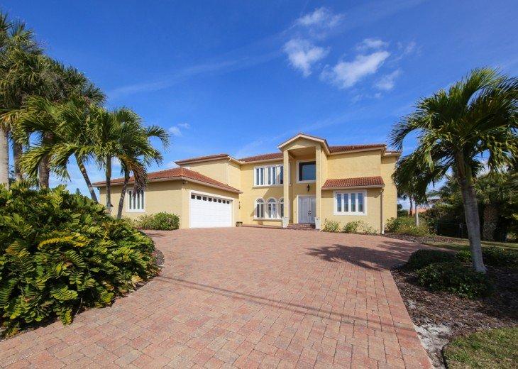 Luxury Siesta Key 4 bedroom Waterfront Home Only 5 minutes walk to Siesta Beach! #4