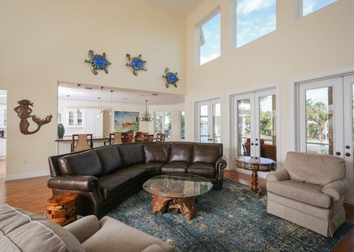 Living area, open plan.