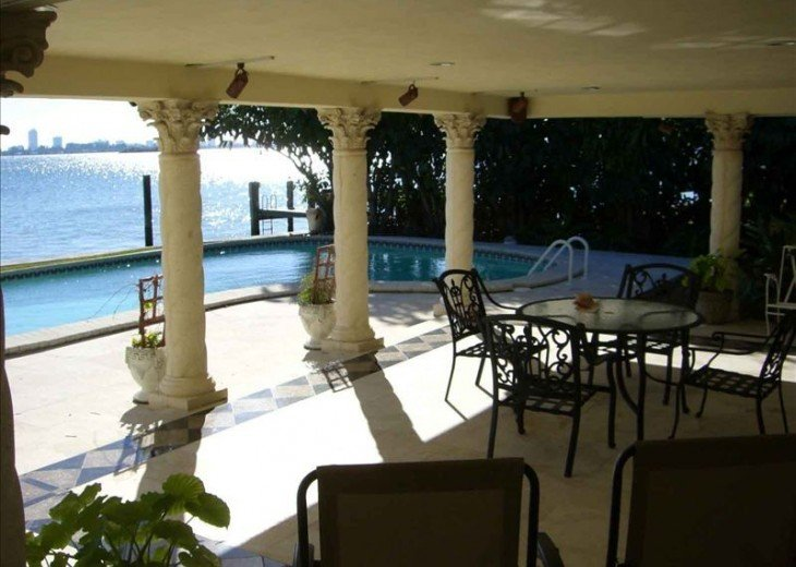 *Wow Waterfront Bayfront Eagle* Wide Bay-Pool #10