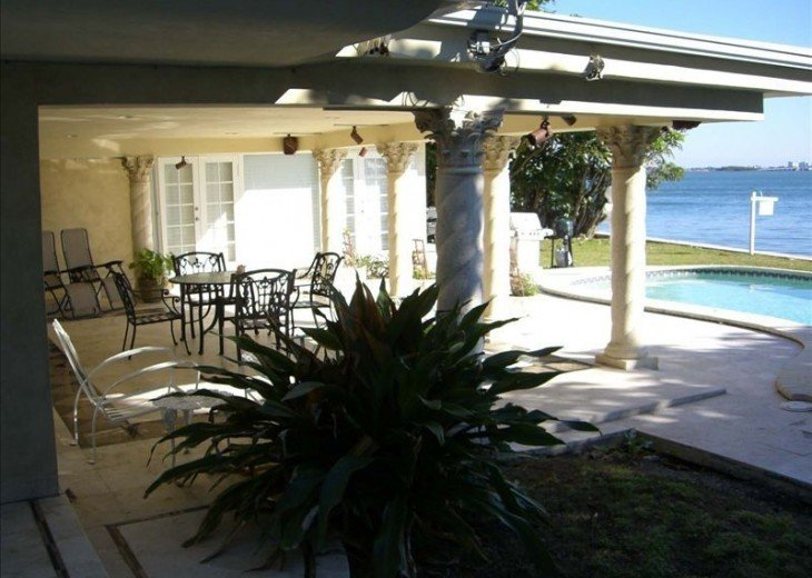 *Wow Waterfront Bayfront Eagle* Wide Bay-Pool #3