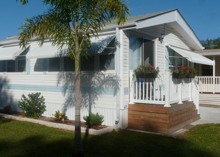 Manufactured Home in a nice 55+ Park, 5 miles from Gulf Coast #6