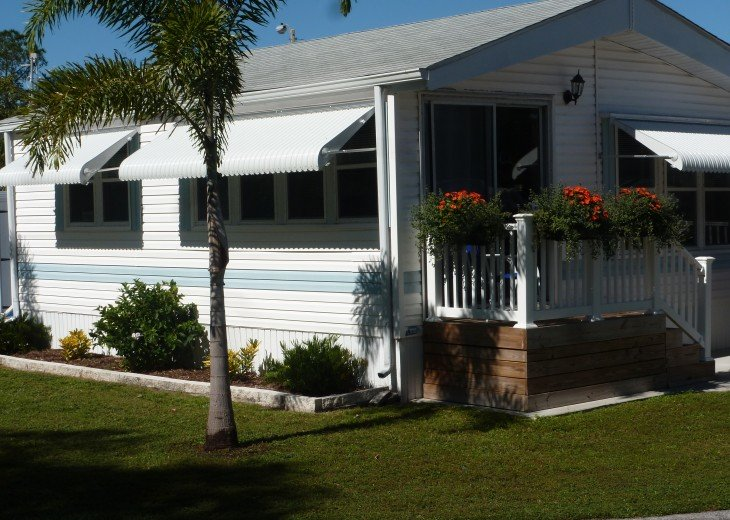 Manufactured Home in a nice 55+ Park, 5 miles from Gulf Coast #3