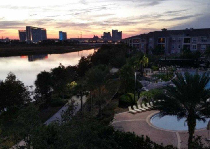 Emerald Isle Penthouse Condo next to the Pool #12