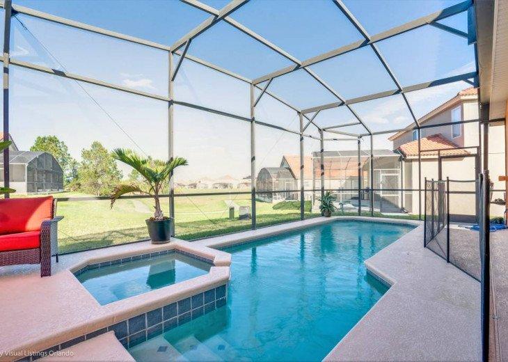 Aviana Resort 5 Br pool/spa 10 miles to Disney. Overlooks greenery & pond #34