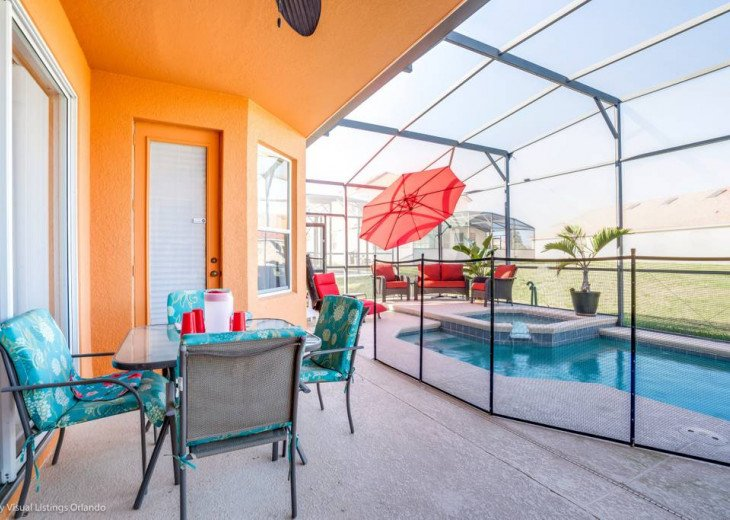 Aviana Resort 5 Br pool/spa 10 miles to Disney. Overlooks greenery & pond #33