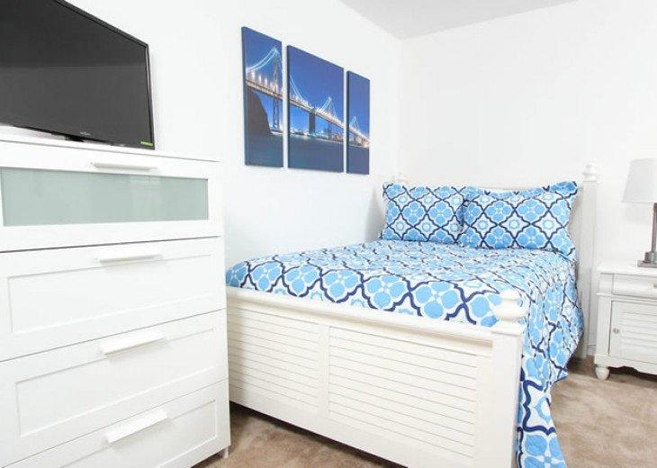 6 Bedroom 5.5 Bedroom Luxury Vacation Home In Solterra Resort #16