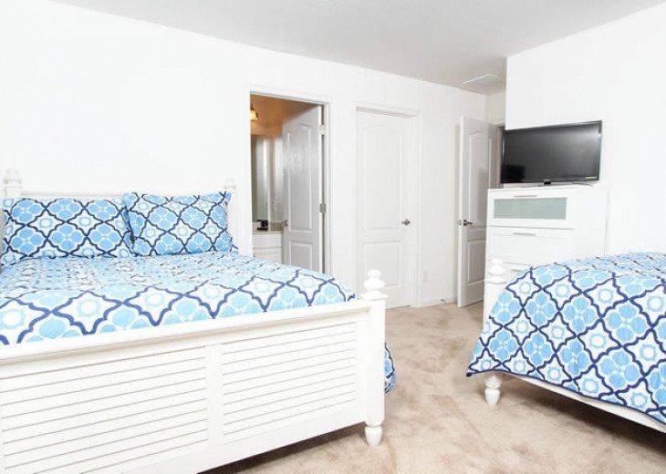 6 Bedroom 5.5 Bedroom Luxury Vacation Home In Solterra Resort #20