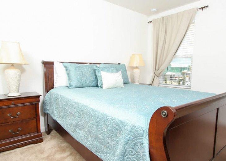 6 Bedroom 5.5 Bedroom Luxury Vacation Home In Solterra Resort #13