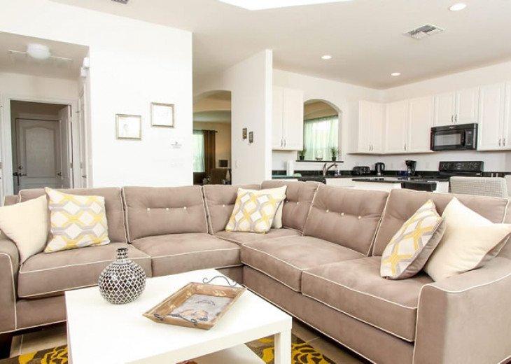 6 Bedroom 5.5 Bedroom Luxury Vacation Home In Solterra Resort #7