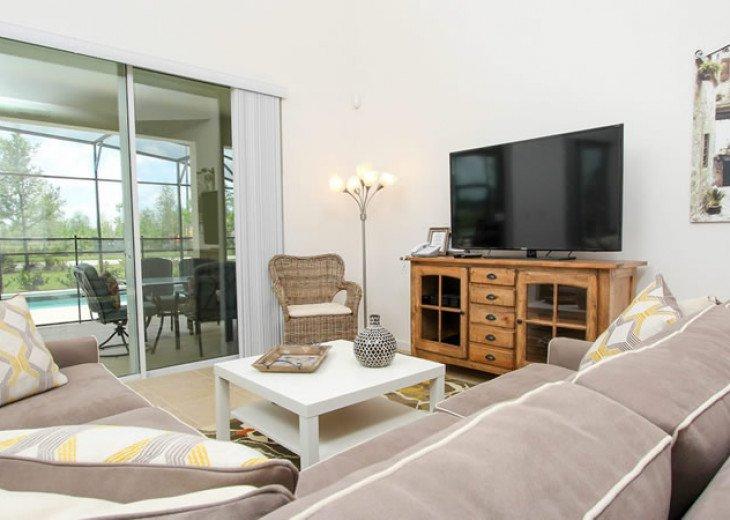 6 Bedroom 5.5 Bedroom Luxury Vacation Home In Solterra Resort #8