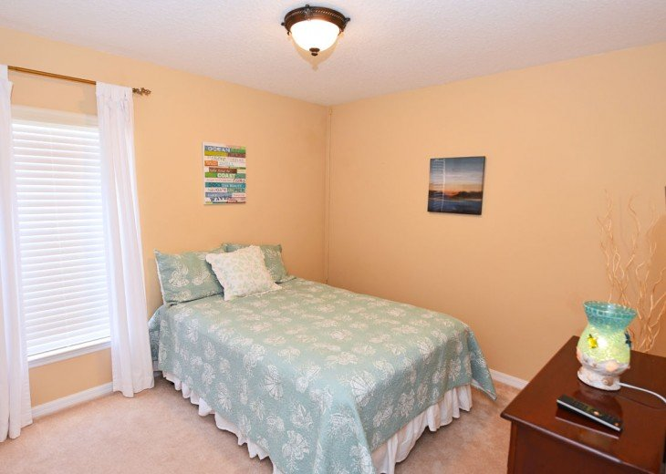 FREE Pool/Spa Heat for January!! 5BR Pet Friendly Contemporary Home #13