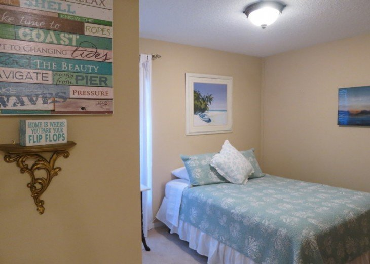 FREE Pool/Spa Heat for January!! 5BR Pet Friendly Contemporary Home #14