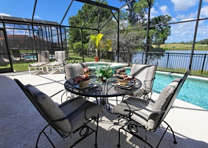 FREE pool/spa heat for January! Luxury! 4BR home Game room & Lake Front #24