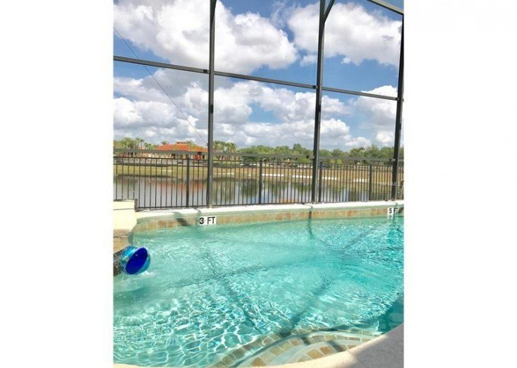 FREE pool/spa heat for January! Luxury! 4BR home Game room & Lake Front #28