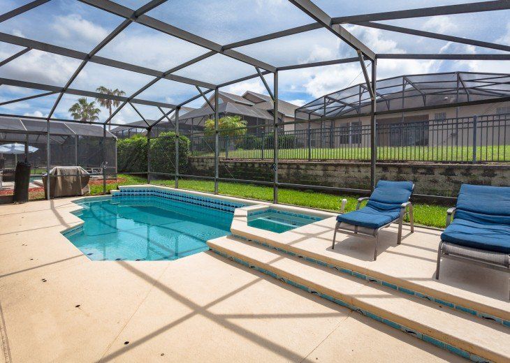 Discover newly refurbished 4 BR Windsor Palms Resort #27