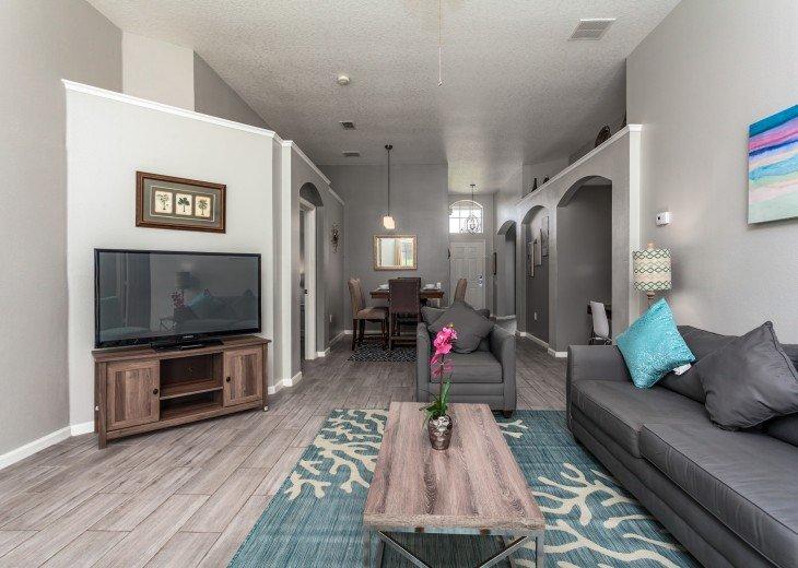 Discover newly refurbished 4 BR Windsor Palms Resort #8