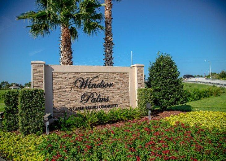 Discover newly refurbished 4 BR Windsor Palms Resort #32