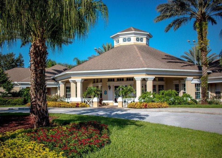 Discover newly refurbished 4 BR Windsor Palms Resort #45