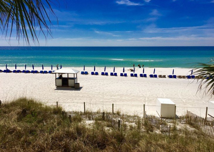 1st Floor Beach Front - Includes Private Parking + Beach Chairs (March - Oct) #37