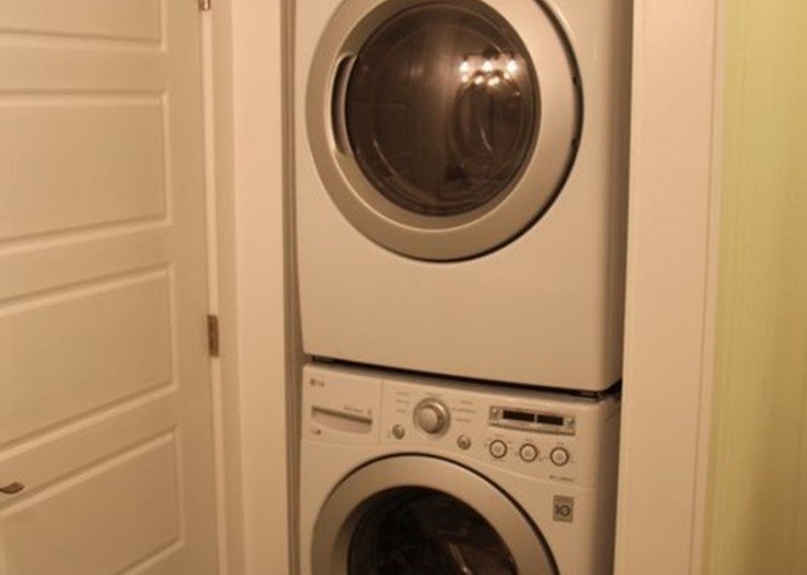Full Size Samsung Washer and Dryer