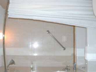 nice walkin shower