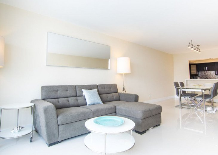 O. Reserve Premium | 1 Bed 1 Bath | Steps from the Beach #18