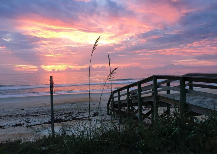"BEAUTIFUL NEW 4/3 2 STORY DIRECT OCEAN ""Mo. Rtes Avl.""NEAR PALM COAST #23"