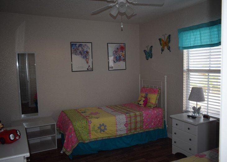 Kid's Bedroom - Butterflies
