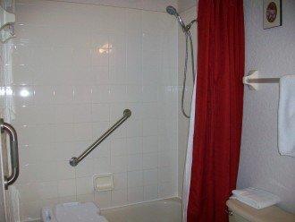 Handicap Accesable Bathroom
