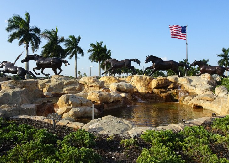 Mustangs Lely Resort