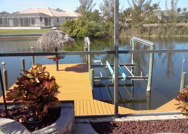 Villa Key Lime - Luxury waterfront villa with stunning pool & pool bar Tiki hut! #22