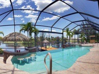 Villa Key Lime - Luxury waterfront villa with stunning pool & pool bar Tiki hut! #1