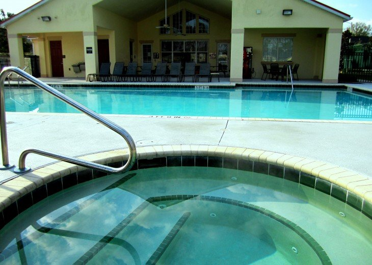 JACUZZI & OLYMPIC SIZE HEATED POOL OUR CLUBHOUSE....SWIM AND RELAX