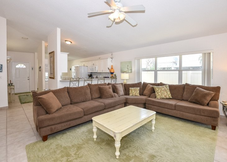 Pet-Friendly Lighthouse with Private Pool 3BR,2BA #17