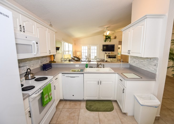 Pet-Friendly Lighthouse with Private Pool 3BR,2BA #23