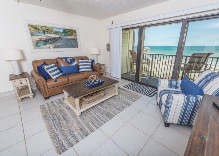 Exquisite Penthouse - Next to Pier - Fully Renovated #3