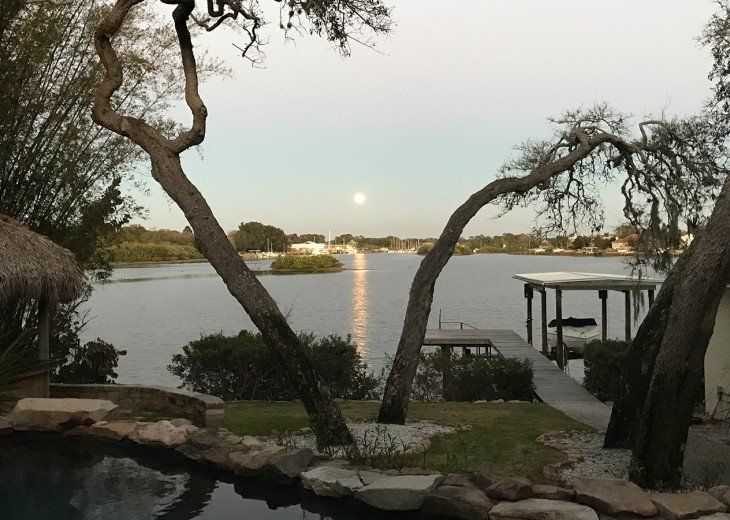 The Supermoon at Dolphin Cove Villa