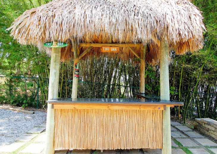 Serve up drinks at your own Tiki Hut