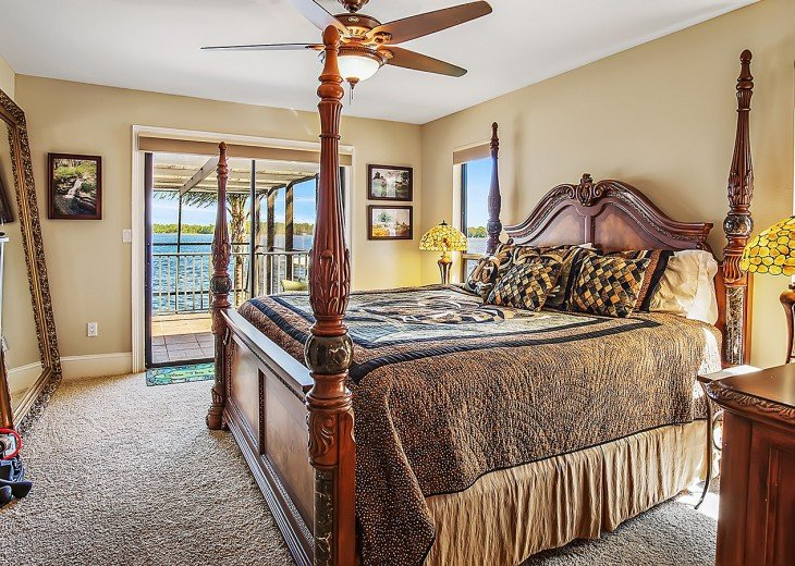 Master king bedroom and views of the lake