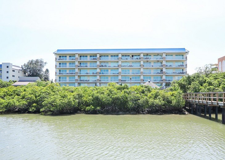 Dolphin Key 206 Brand New and Professionally Decorated (30 Night Minimum Stay) #29