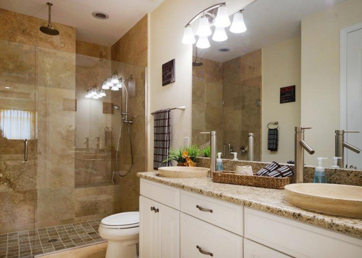 4. bathroom of the Villa in Cape Coral, Florida