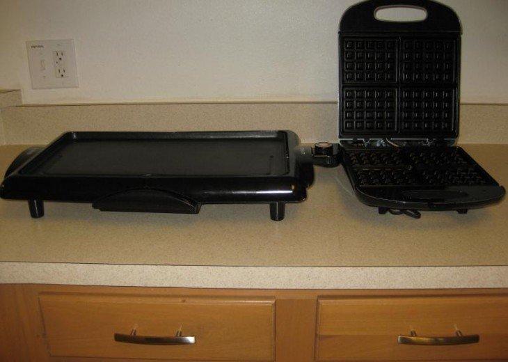 waffle maker/griddle