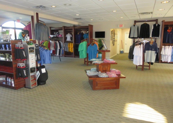 The Club - pro shop