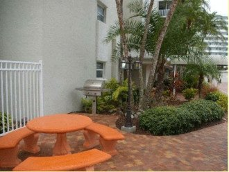 Beachfront Penthouse - Expansive Gulf View from Every Room! Wifi, linens, chairs #1