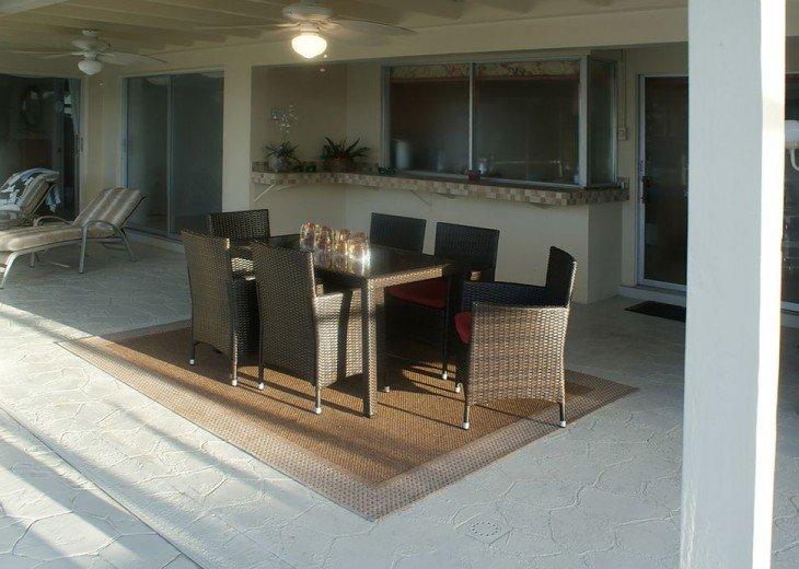 New lanai furniture