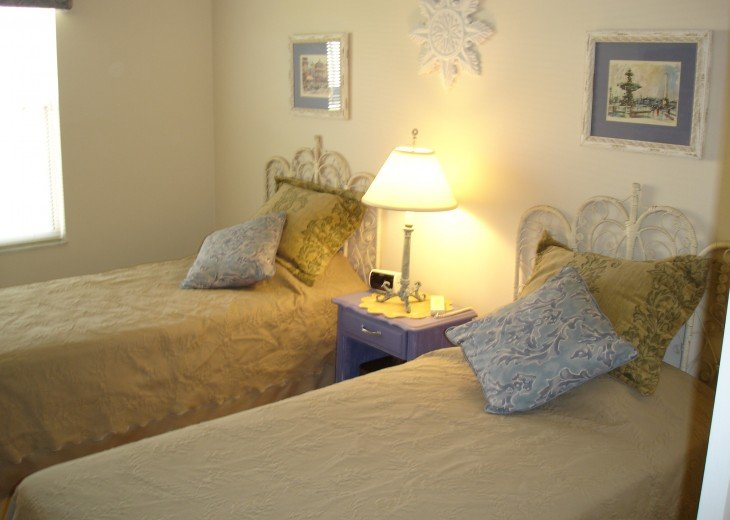 The Villages Florida JAN FEB MAR available! 2Bdrm 2 Bath Golf Cart & Wi-fi #30