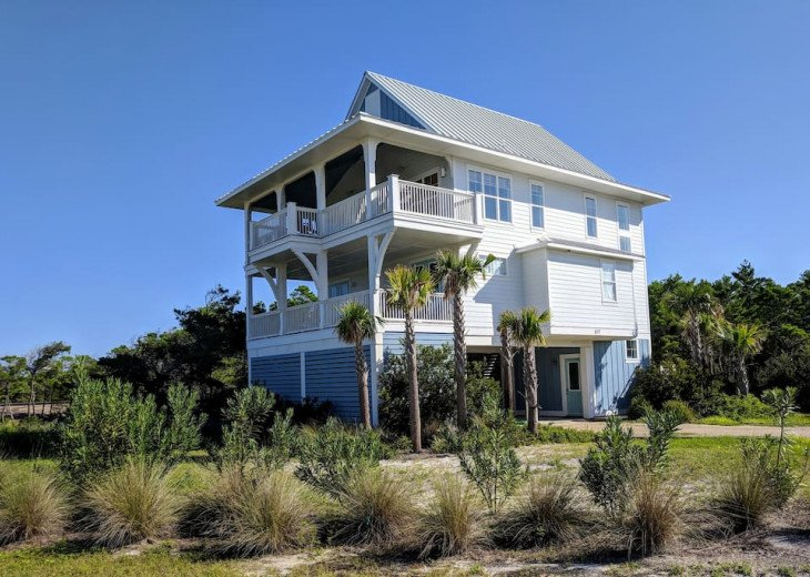 The Craigs' Coastal Cottage (First Tier Home) #2