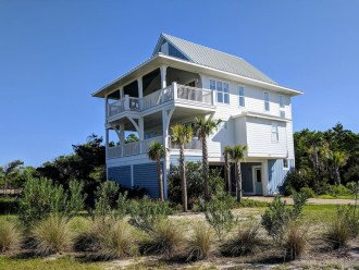 The Craigs' Coastal Cottage (First Tier Home) #1