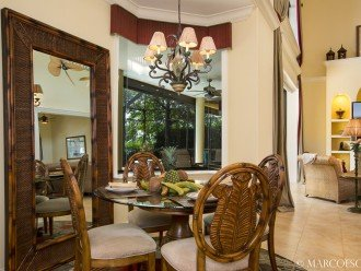 CASA DOMINGO - Tropical Waterfront Palace Sleeps 10 ! #1